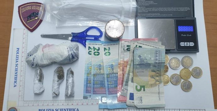Due arresti a Taurianova per detenzione di sostanza stupefacente ai fini di spaccio
