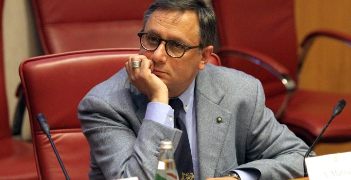 Rifiuti a Reggio, Marziale: «Cosa si aspetta per dichiarare lo stato emergenziale?»
