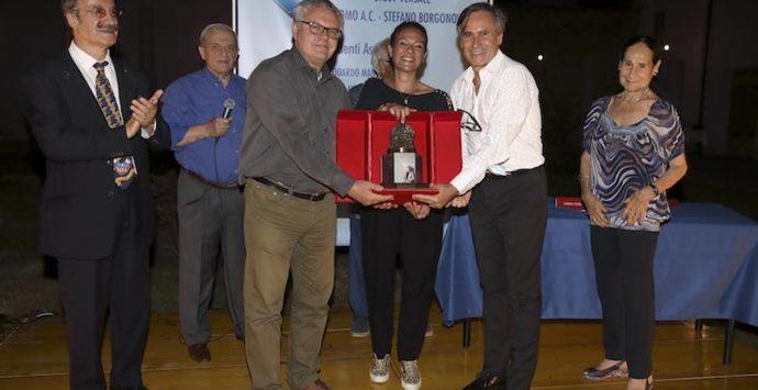 """Premio """"Candido Cannavò"""" a Giusy Versace. Prima donna e primo atleta paralimpico a ricevere il riconoscimento"""
