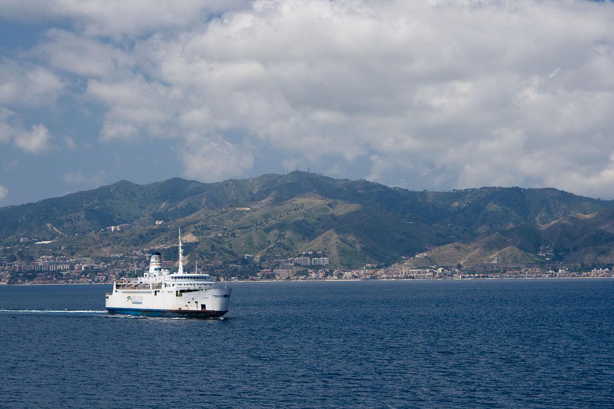 Trasporti sullo Stretto, 37 milioni di euro per aumentare traghetti e mobilità