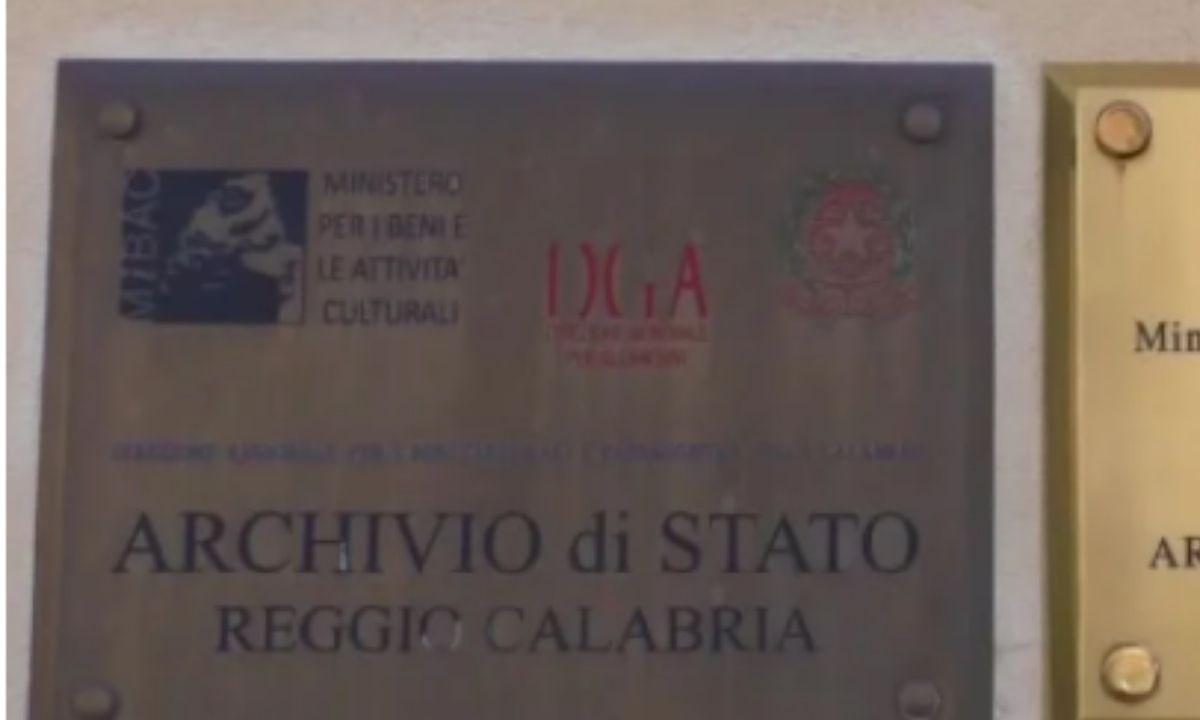 """All'Archivio di Stato, il libro """"L'Arma dei Carabinieri a Reggio Calabria 1860-1970″"""