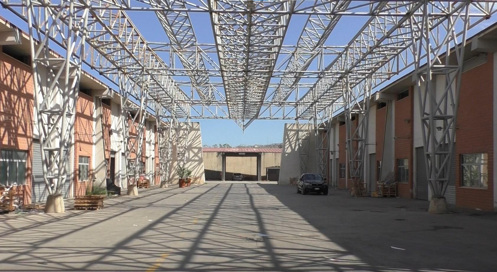 Reggio, commercianti del mercato fantasma di Mortara: «Regolarizzateci e fate rinascere il centro»