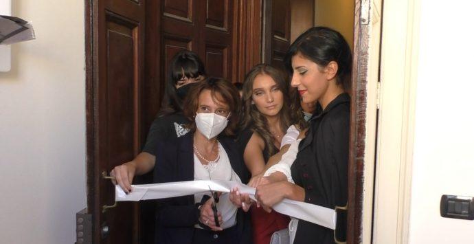 Reggio, il ministro Bonetti: «Coop Intrecci esempio prezioso di comunità e pari opportunità»