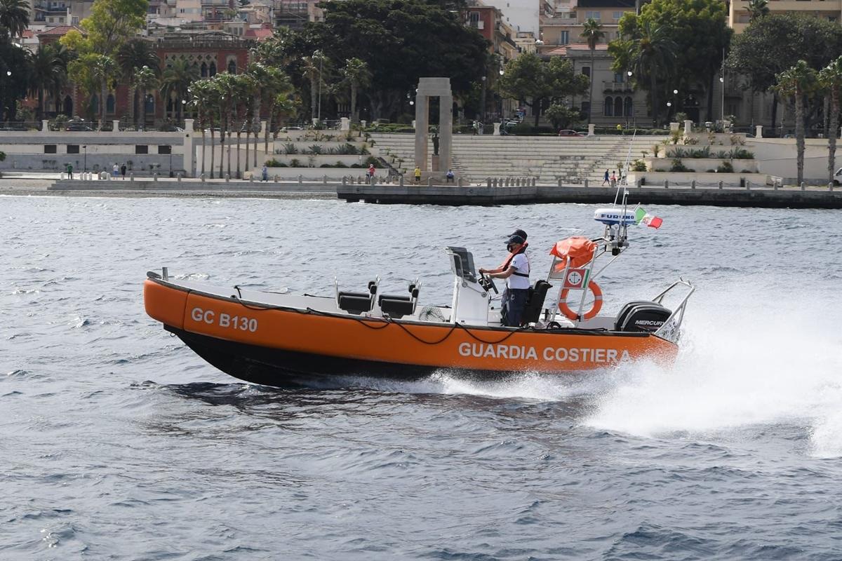 """""""Mare sicuro"""", il bilancio dell'estate 2021 della Guardia costiera: 110 persone salvate"""