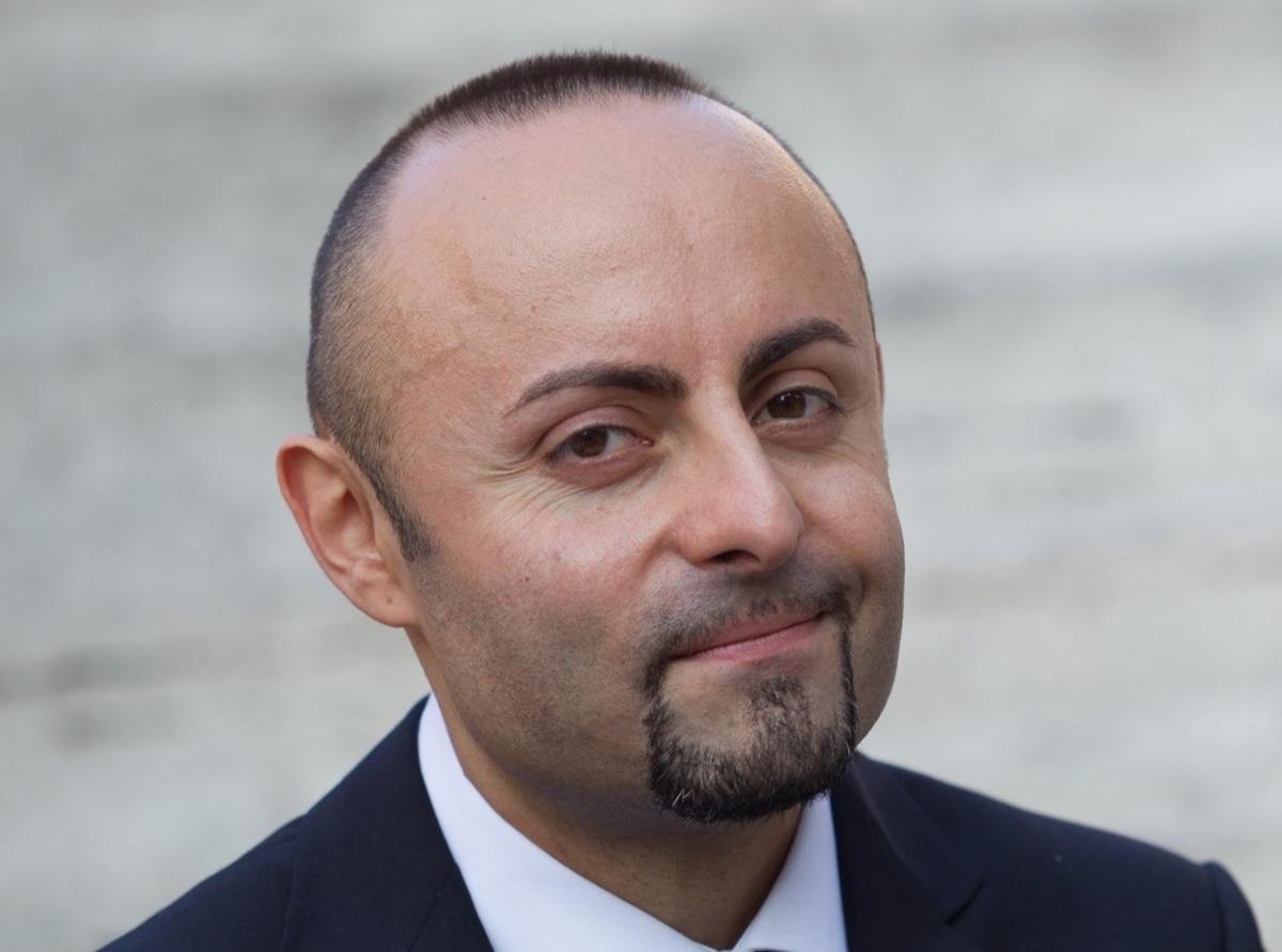 """È di Taurianova il nuovo direttore d'orchestra di """"Ballando con le stelle"""""""