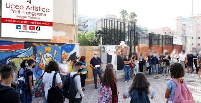 """Liceo artistico """"Preti-Frangipane"""", primo giorno di scuola nel segno dell'emozione"""