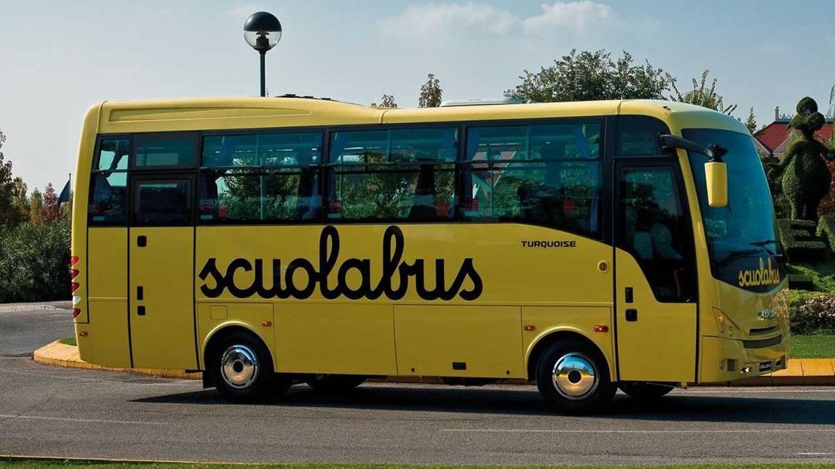 Scuola, Taurianova futura denuncia: «Il Comune non garantisce il servizio scuolabus a tutti»