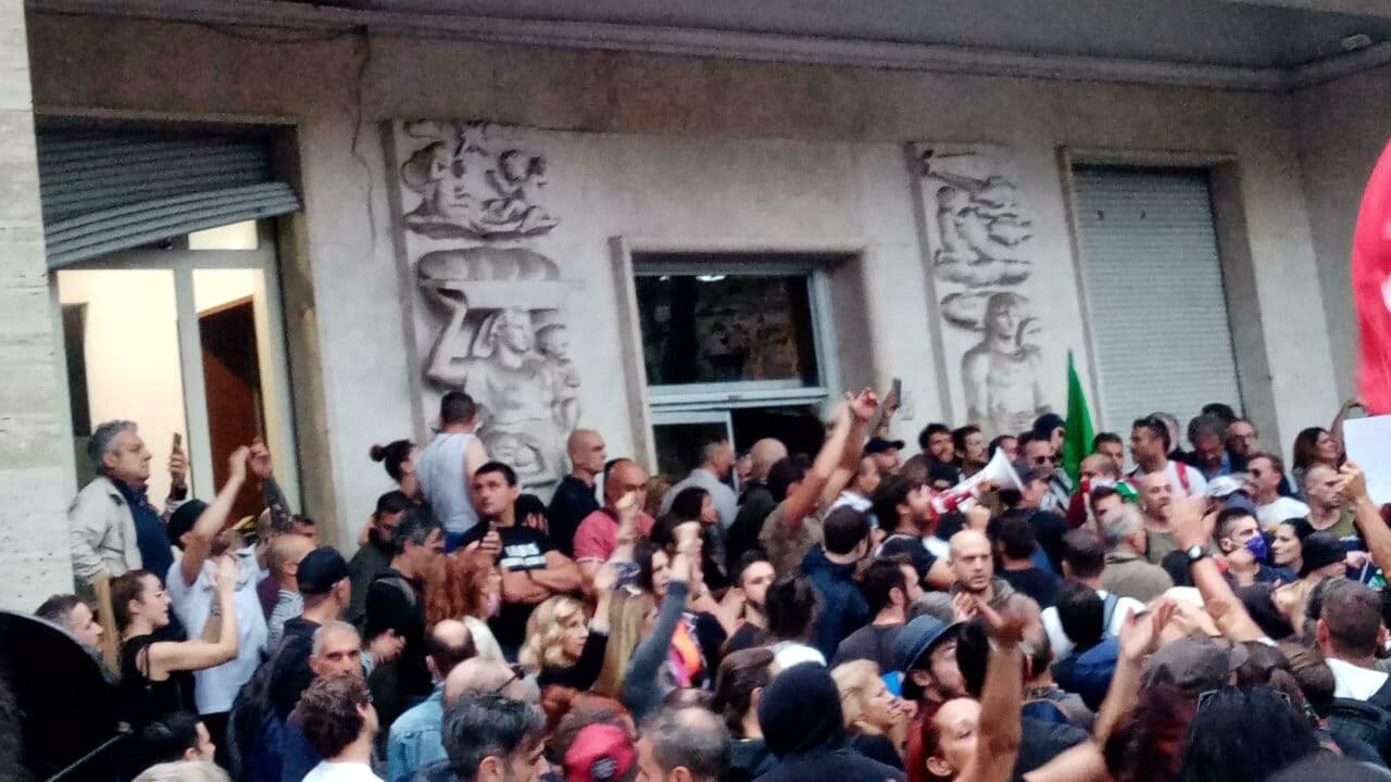 Assalto alla Cgil, il Pd reggino: «Sciogliere Forza Nuova e tutti i movimenti di ispirazione neofascista»