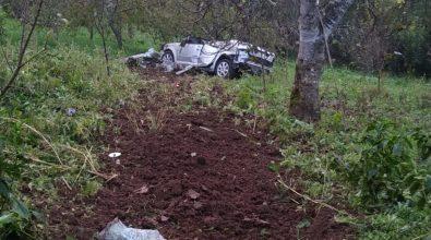 Tragedia a Palmi, auto finisce in un burrone: morto un uomo