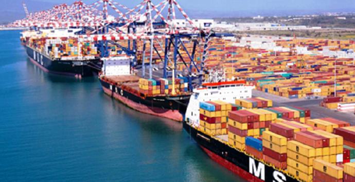 Pnrr, si punta solo sui porti di Genova e Trieste. Per loro milioni di container, mentre a Gioia e Taranto le briciole