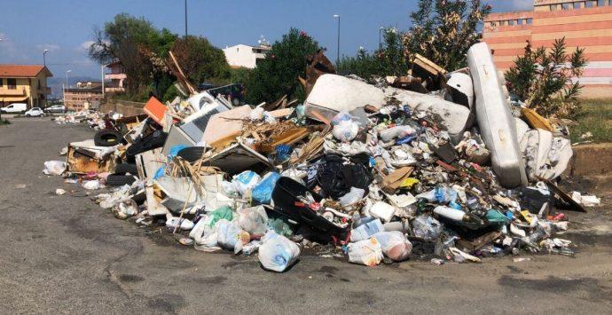 Bando rifiuti a Reggio Calabria, il servizio sarà prorogato fino alla risoluzione della controversia